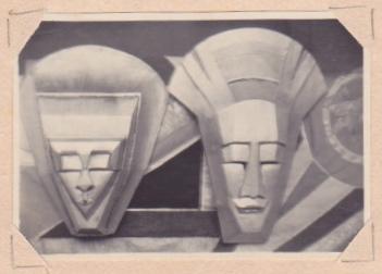 Georgette Klein: Masken (Holz, silbern bemalt) um 1930