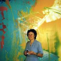 1982 an der documenta in Kassel vor Bild von Gerhard Richter (Foto: Marianne Karabelnik)
