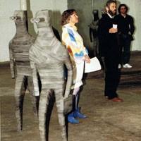 Shed im Eisenwerk in Frauenfeld, 1991: Ausstellung Valery Heussler. A. Zwez und Ruedi Zirfass (Vertreter von Shed im Eisenwerk).